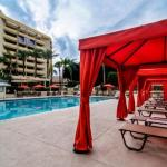 Hotels near Stray Cat - Sheraton Crescent