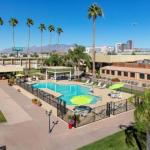 Accommodation near Tucson Arena - The Arizona Riverpark Inn