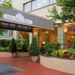Accommodation near 16th St and Constitution Ave NW - State Plaza Hotel