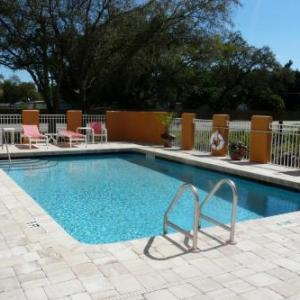 Hotels near Lee County Posse Arena - Comfort Inn Fort Myers