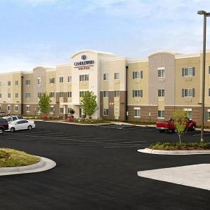 Candlewood Suites YOUNGSTOWN WEST - AUSTINTOWN