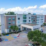 QuikTrip Park Hotels - Wingate by Wyndham Arlington