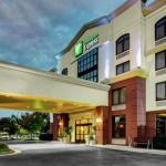 Accommodation near St Paul's Baptist Church Richmond - Holiday Inn Express Richmond Airport