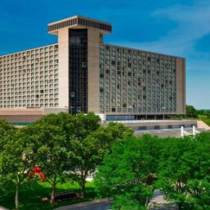 Hotels near Union Station Kansas City - The Westin Kansas City At Crown Center