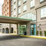 Hotels near Riverbend Music Center - Comfort Suites Newport