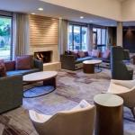 Hotels near Wells Fargo Arena Des Moines - Courtyard By Marriott Des Moines West Clive