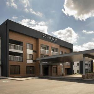 Courtyard By Marriott Indianapolis Northwest