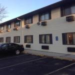 Accommodation near People's Court - Days Inn Motel Ankeny