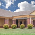 Days Inn & Suites - Moulton