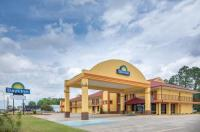 Days Inn Muscle Shoals Image
