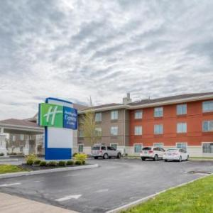 Eldora Speedway Hotels - Holiday Inn Express Hotel & Suites Greenville