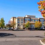 Accommodation near LB Day Comcast Amphitheatre - Comfort Inn & Suites Salem