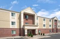 Hawthorn Suites By Wyndham Omaha / Old Mill Image
