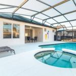 4 Bedroom Pool Home Located In Windsor Palms Resort