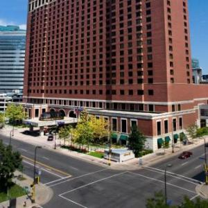Skyway Theatre Hotels - Hilton Minneapolis