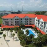 Accommodation near Family Circle Stadium - Charleston Harbor Resort