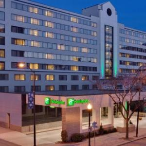 Sacred Heart University Fairfield Hotels - Holiday Inn And Conference Center Bridgeport