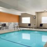 LB Day Comcast Amphitheatre Accommodation - La Quinta Inn & Suites Salem, OR