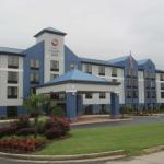 Foxhall Resort and Sporting Club Accommodation - Holiday Inn Express Carrollton