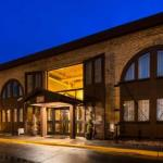 Accommodation near Landmark Center Saint Paul - Best Western PLUS Bandana Square