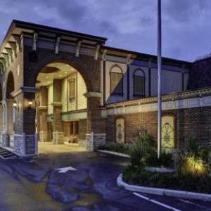 Columbus North High School Hotels - Clarion Hotel And Conference Center