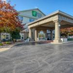 Holiday Inn Express Hotel & Suites Oshkosh-Sr41