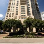 Hotels near Dallas Theatre Centre - The Ritz-Carlton, Dallas