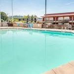 Accommodation near McMenamins Edgefield  - Quality Inn & Suites Airport