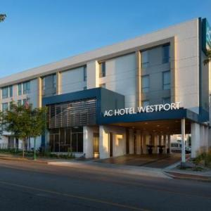 Uptown Theater Kansas City Hotels - AC Hotel Kansas City Westport