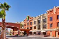 Holiday Inn Express Hotel & Suites Henderson Image