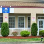 Hotels near Flying W Airport Resort - Americas Best Value Inn
