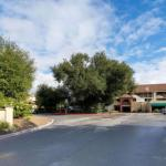 Hotels near Agoura Hills/Calabasas Community Center - La Quinta Inn & Suites Thousand Oaks Newbury Park