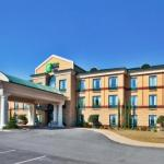 Henderson Stadium Accommodation - Holiday Inn Express Hotel & Suites Macon-West