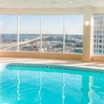 The Rave / Eagles Club Accommodation - The Pfister Hotel