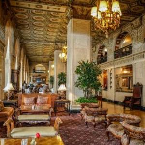 Louisville Palace Hotels - The Brown Hotel