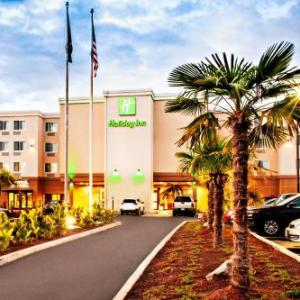 Hotels near LB Day Comcast Amphitheatre - Red Lion Hotel Salem