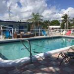 Dolphin Harbor Inn