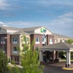 Accommodation near Chanhassen Dinner Theatres - Holiday Inn Express Hotel & Suites Chanhassen