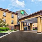 Holiday Inn Express And Suites Marysville