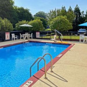 Hotels near Catawba College - Comfort Suites Salisbury