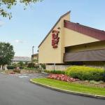Accommodation near Carly Rae's - Red Roof Inn Louisville East Hurstbourne