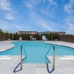 Accommodation near Ford Center Evansville - Howard Johnson Evansville