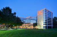 Hilton Stamford Hotel And Executive Meeting Center Image