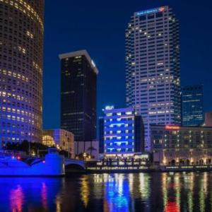 Hotels near Straz Center for the Performing Arts - Aloft Tampa Downtown