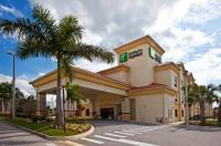 Holiday Inn Express Stuart Image