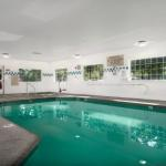 Hotels near Clark County Event Center - Country Inn & Suites Portland Airport