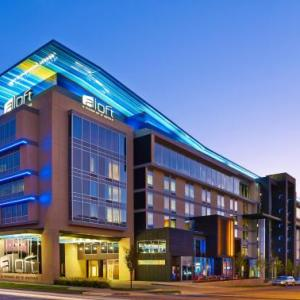 Chesapeake Energy Arena Hotels - Aloft Oklahoma City Downtown - Bricktown