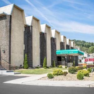 Hotels near Tri-City Speedway Franklin - Quality Inn & Conference Center Franklin