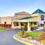 Accommodation near Deja Vu Lounge - Comfort Inn Conference Center Pittsburgh
