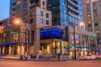 Hotel Blu Vancouver Image
